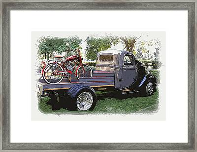 Wizzer Cycle At The Hot Rod Show Framed Print by Steve McKinzie