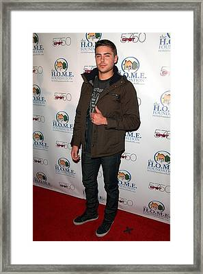 Zac Efron In Attendance For Stiks Framed Print by Everett
