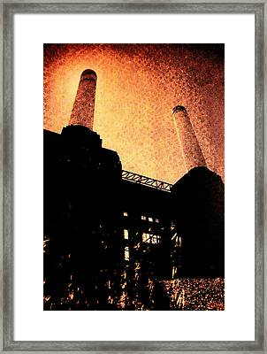 Battersea Power Station Framed Print by David Studwell