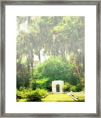 Bonaventure Cemetery Savannah Ga Framed Print by William Dey
