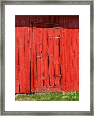 Red Shed Framed Print by Lutz Baar