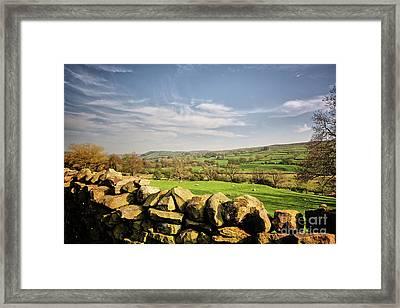 Reeth Views Framed Print by Stephen Smith