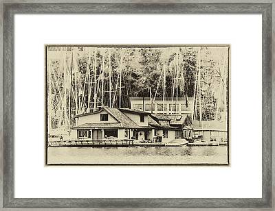 Sleepless In Seattle House Framed Print by David Patterson