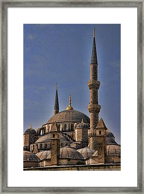 The Blue Mosque In Istanbul Turkey Framed Print by David Smith