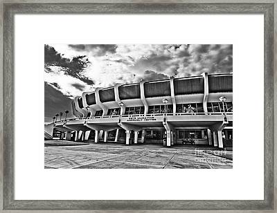 The P Mac Framed Print by Scott Pellegrin