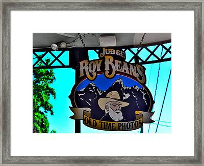 Todays Art 1301 Framed Print by Lawrence Hess