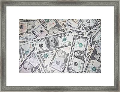American Banknotes Framed Print by Les Cunliffe