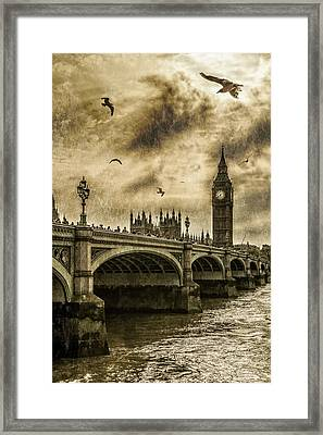 London Framed Print by Jaroslaw Grudzinski