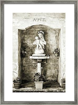 Madonna And Child Framed Print by Scott Pellegrin