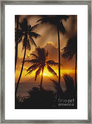 View Of Tahiti Framed Print by Joe Carini - Printscapes