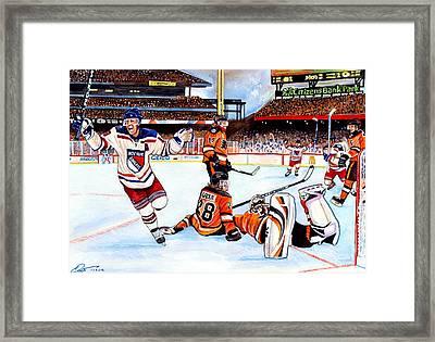 2012 Bridgestone-nhl Winter Classic Framed Print by Dave Olsen