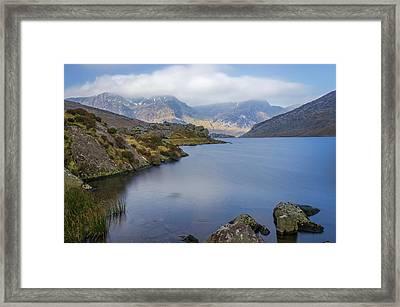 Llyn Ogwen  Framed Print by Ian Mitchell
