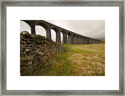 Ribblehead Viaduct Framed Print by Stephen Smith