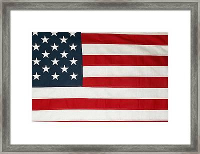 U.s. Flag Framed Print by Les Cunliffe