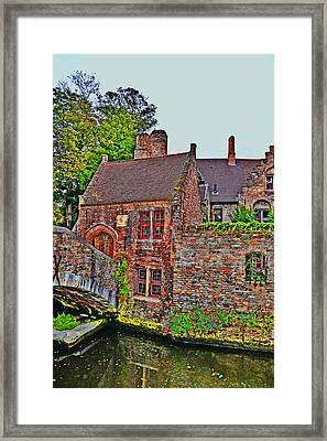 The Quiet Waters Of The Canals Of Bruges. Framed Print by Andy Za