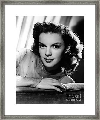 Judy Garland (1922-1969) Framed Print by Granger