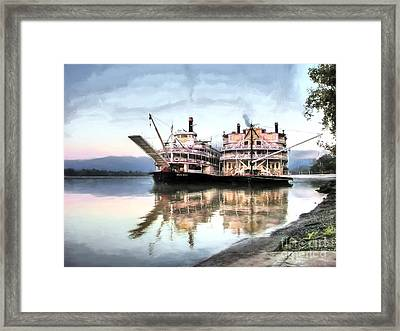 A Pair Of Queens Framed Print by Mel Steinhauer