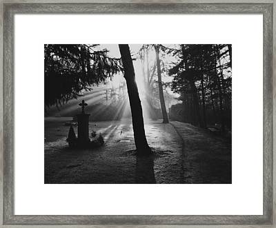 A Quiet Sunrise Framed Print by Mountain Dreams