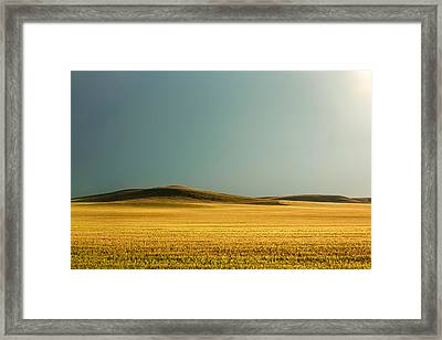 A Rise On The Plains Framed Print by Todd Klassy
