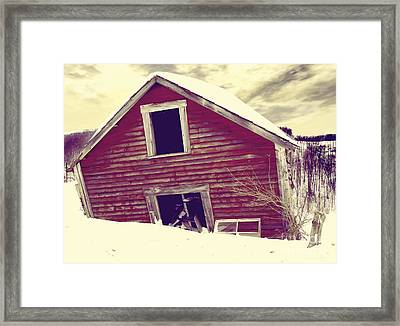 Abandoned Barn Framed Print by Mindy Sommers