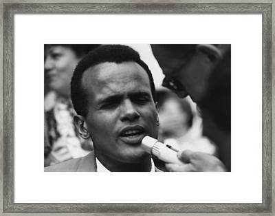 Actor And Singer Harry Belafonte Framed Print by Everett
