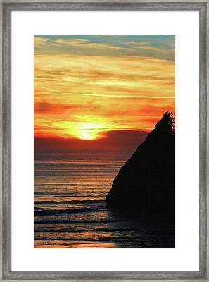 Agate Beach Oregon Framed Print by Tom Janca