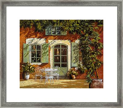 Al Fresco In Cortile Framed Print by Guido Borelli