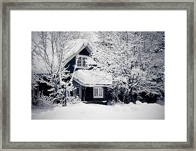 All Dressed Up Framed Print by Maggie Terlecki