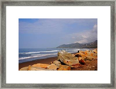 Along The Californian Coast Framed Print by Susanne Van Hulst