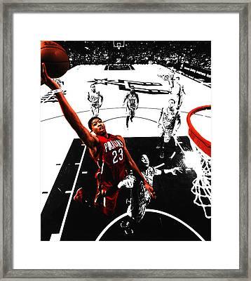 Anthony Davis In Flight Framed Print by Brian Reaves