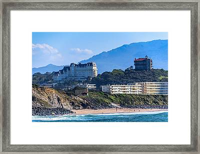 Framed Print featuring the photograph Architectural Integration by Thierry Bouriat