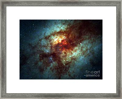 Arp 220, Ultraluminous Infrared Galaxies Framed Print by Science Source
