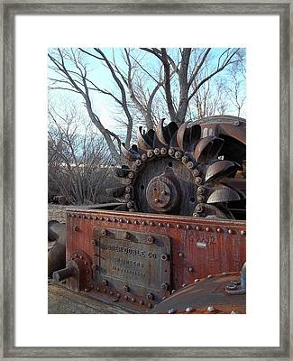 Back In My Days - California U S 395 Framed Print by Glenn McCarthy Art and Photography
