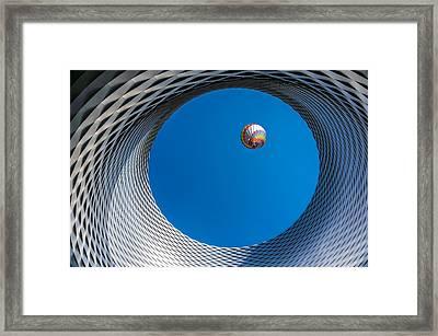Ballon [ O ] Framed Print by Markus Lissner