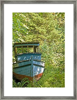 Blue Boat Framed Print by Vern Minard