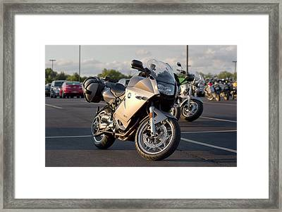 Bmw F800st Framed Print by Peter Chilelli