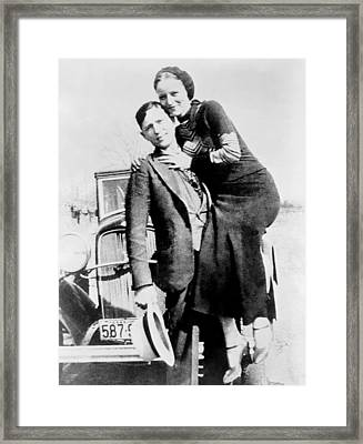 Bonnie And Clyde During Their 21 Month Framed Print by Everett