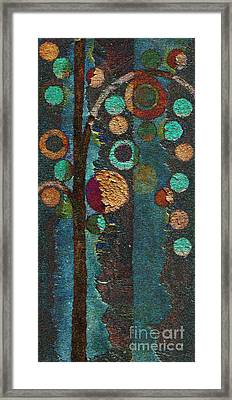 Bubble Tree - Spc02bt05 - Right Framed Print by Variance Collections