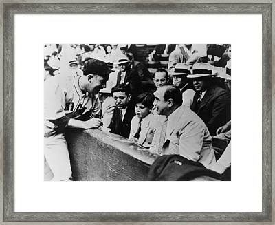 Chicago Cubs Player Gabby Hartnett Framed Print by Everett