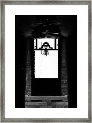 Ciao Bella Framed Print by Alan Todd
