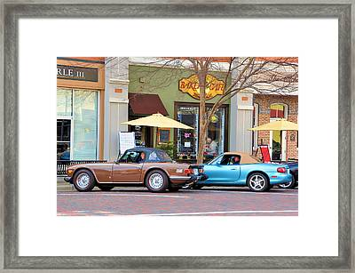 Coffee Break Framed Print by Jan Amiss Photography