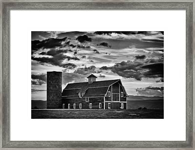 Colorado Barn Monochrome Framed Print by Darren White