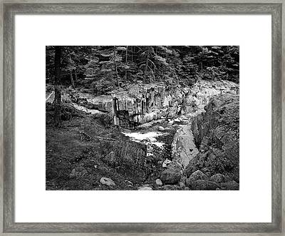 Coos Canyon 1553 Framed Print by Guy Whiteley