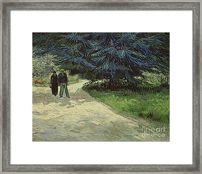 Couple In The Park Framed Print by Vincent Van Gogh