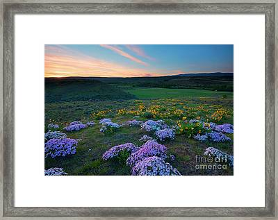 Cowiche Sunset Framed Print by Mike Dawson