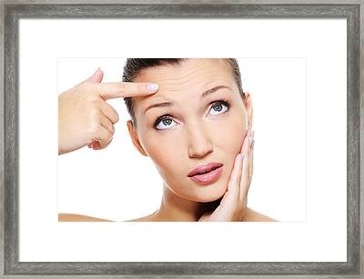 Critical Skin Advantages Of Aloe Vera Gel Framed Print by Adoutlaciz