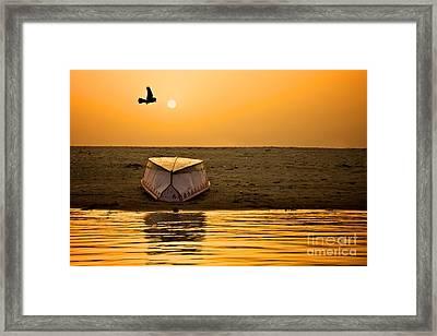 Dawn On The Ganga Framed Print by Valerie Rosen