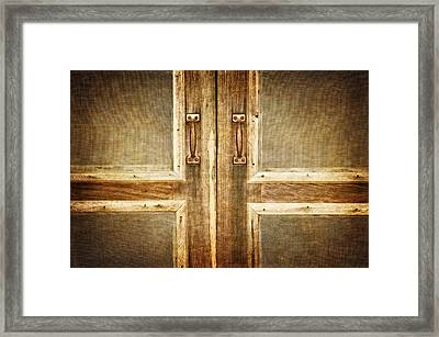Do Come In Framed Print by Carolyn Marshall