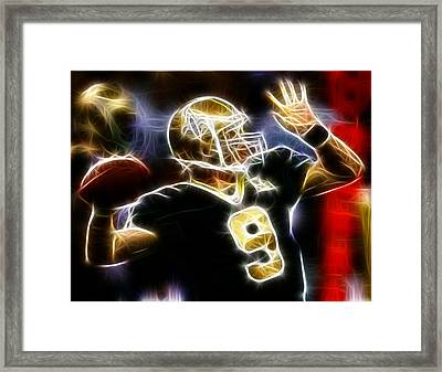 Drew Brees New Orleans Saints Framed Print by Paul Van Scott