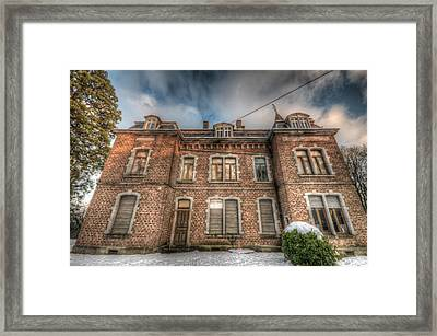 Duchess Front Framed Print by Nathan Wright